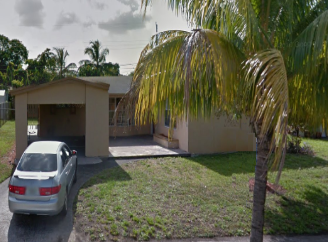 3550 NW 34th St Lauderdale Lakes, FL 33309
