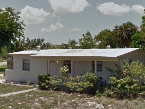 1492 NE 53rd Ct, Pompano Beach, FL 33064, USA