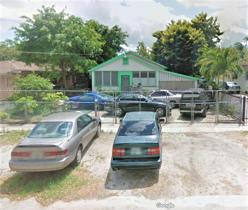 Property Type Single Family Construction CBS Year Built 1936 Sq. Ft. 506 Lot Size 6,750 Bed / Bath 3/1 Floors 1 Great investment opportunity. Home needs complete rehab or a new home could be built on this large lot. Zoned 5700 / Duplexes.
