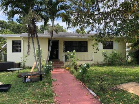 1255 NW 130th St North Miami, FL 33167