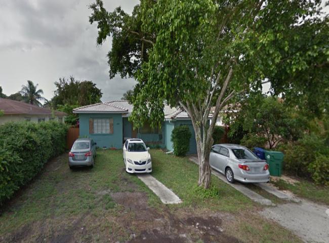 290 NE 111th St Miami, FL 33161
