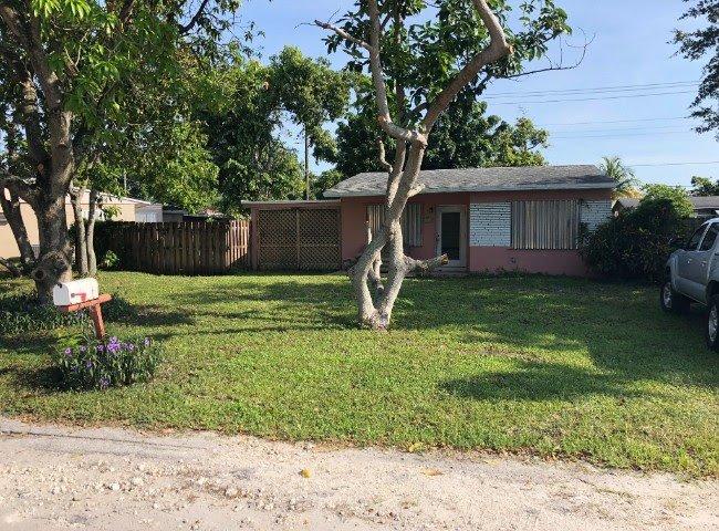 6539 SW 2nd Ct Pembroke Pines, FL 33023