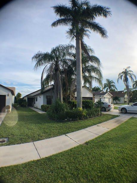 9082 Chatsworth Cascades Cir Boca Raton, FL 33434