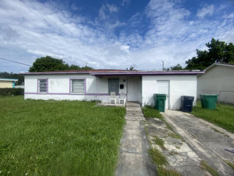 14430 Graves Dr, Miami, FL 33176, USA