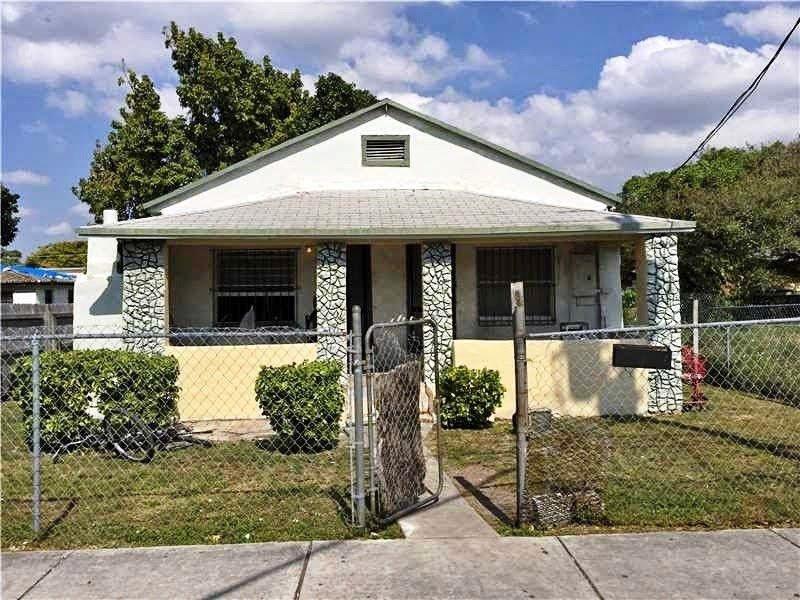 Peachy 1723 Nw 23Rd St Miami Fl 33142 Usa Miami Wholesale Homes Download Free Architecture Designs Grimeyleaguecom