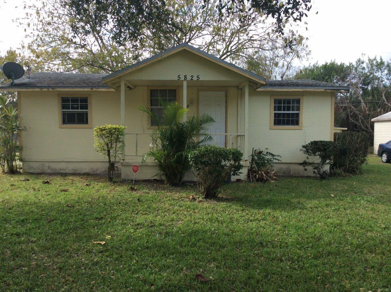 Astounding 5825 59Th Ct Vero Beach Fl 32967 Usa Miami Wholesale Homes Home Interior And Landscaping Palasignezvosmurscom