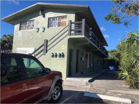 715 NW 5th Ave Pompano Beach, FL 33060