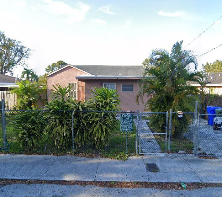 1361 NW 59th St Miami, FL 33142