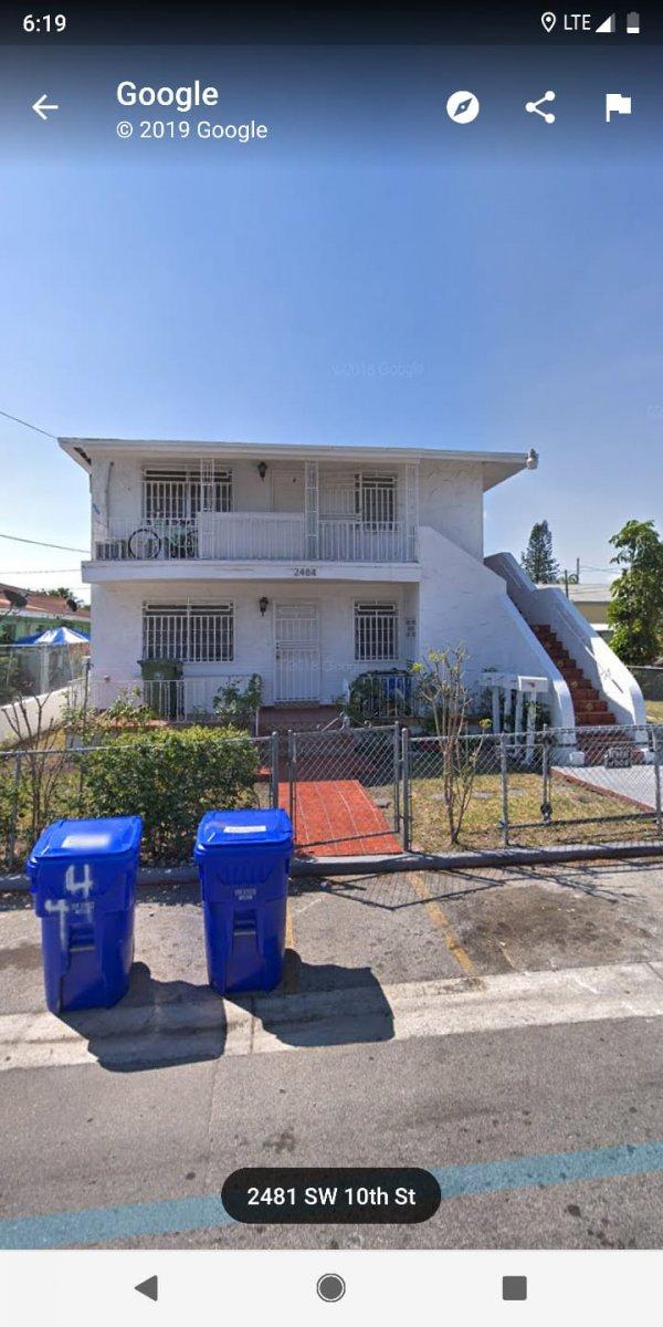 2484 SW 10th St Miami, FL 33135