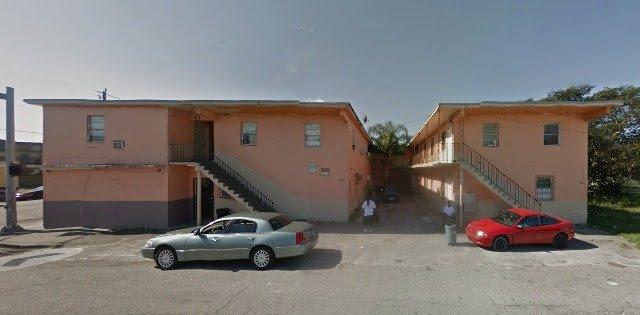 100 SW 5th St Belle Glade, FL 33430