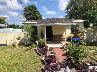 1849 NW 70th St Miami, FL 33147