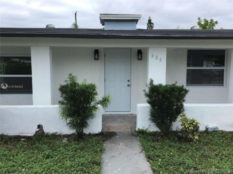 221 Nw 28th Wy Ft. Lauderdale, 33311