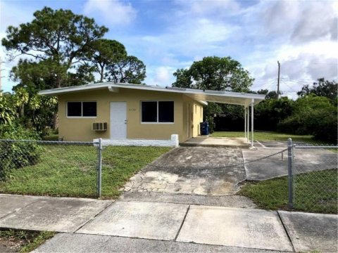 3120 NW 3rd St Fort Lauderdale, FL 33311