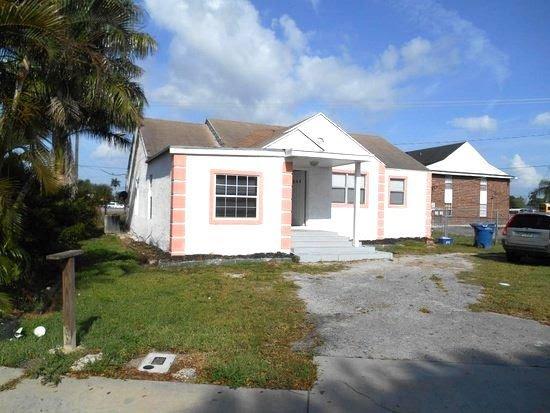 554 SE 1st St Belle Glade, FL 33430