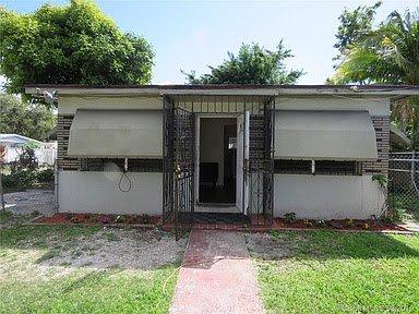 556 NW 96th St Miami, FL 33150