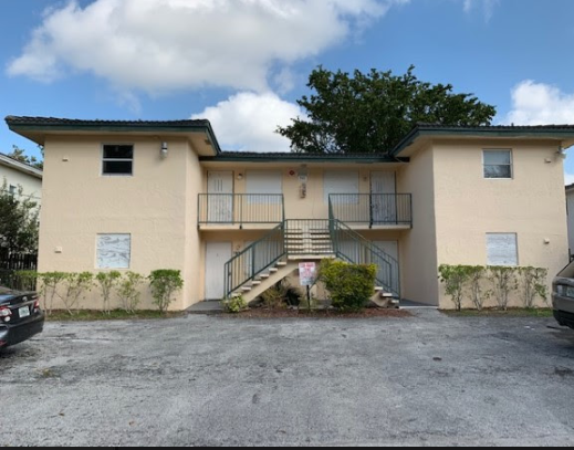 7921 NW 44th Ct, Coral Springs, FL 33065