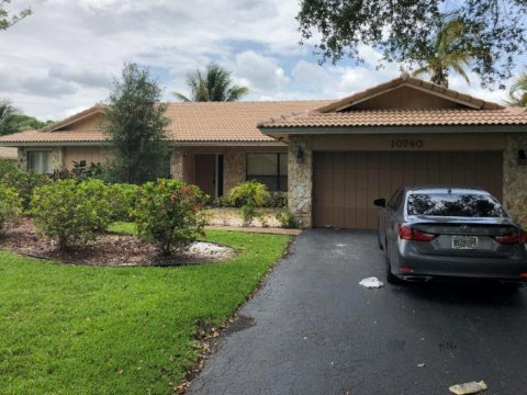 10740 NW 21st Pl Coral Springs, FL 33071