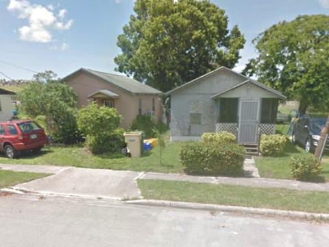 12365 Lakeshore Dr Pahokee, FL 33476