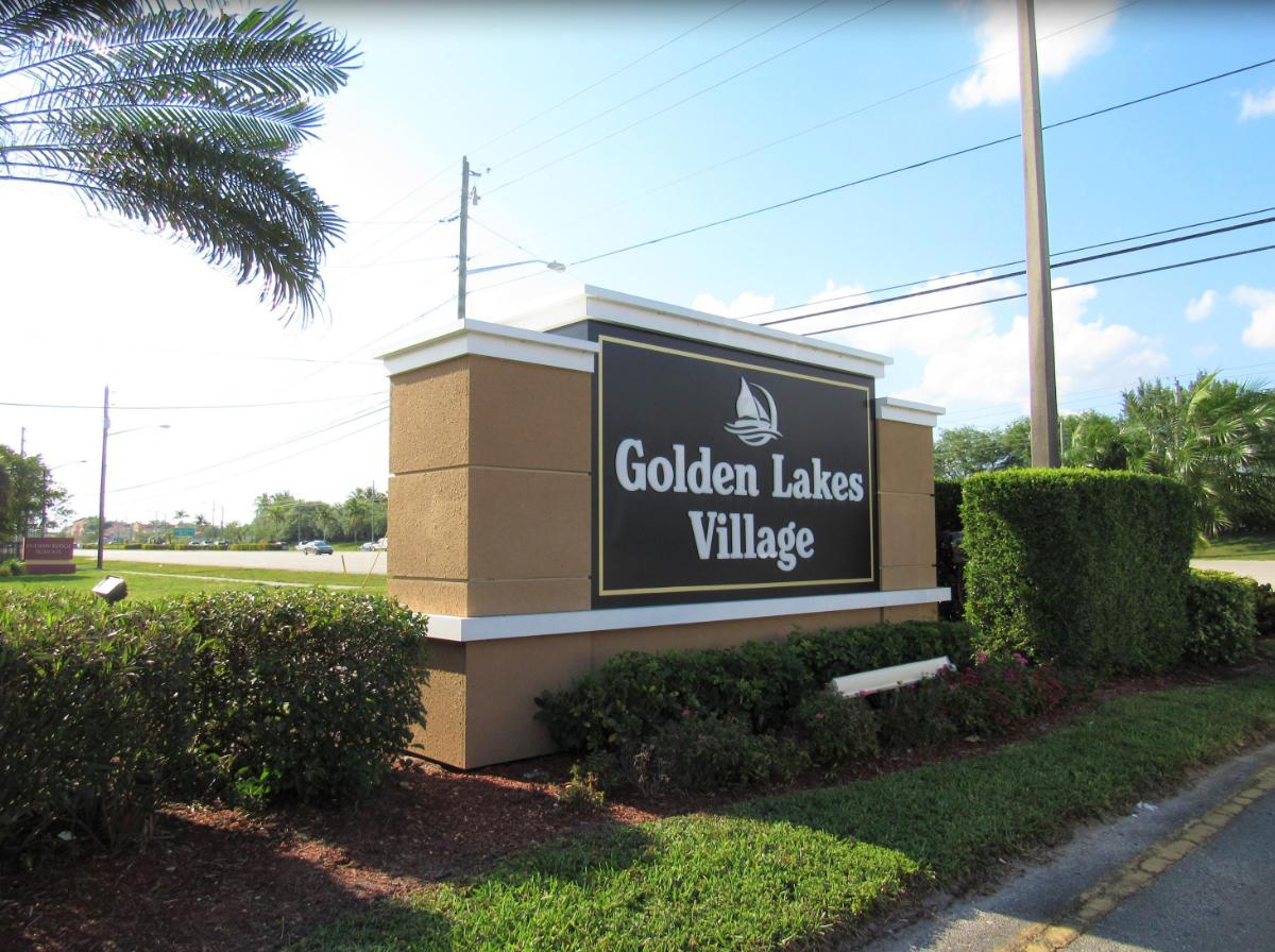 140 Lake Meryl Dr APT 237 West Palm Beach, FL 33411
