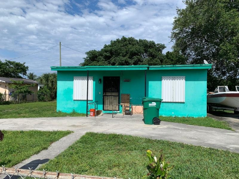 16101 NW 21st Ave Opa-locka, FL 33054