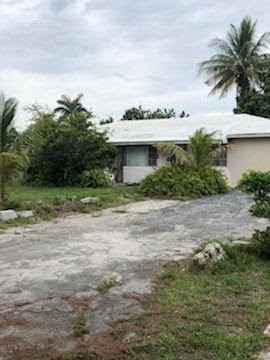 201 SW 14th Pl Boca Raton, FL 33432