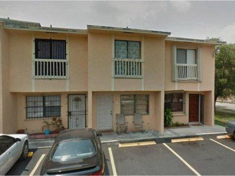 5305 W 26th Ave APT 9 Hialeah, FL 33016