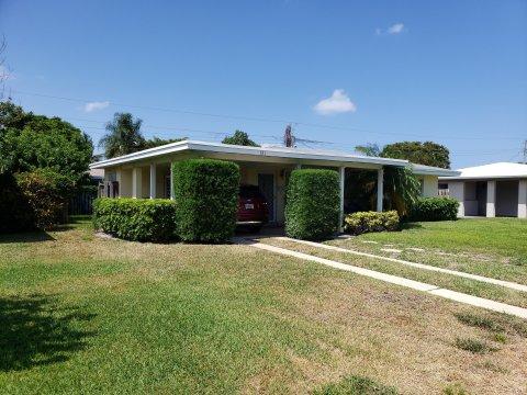 641 NE 8th St Pompano Beach, FL 33060