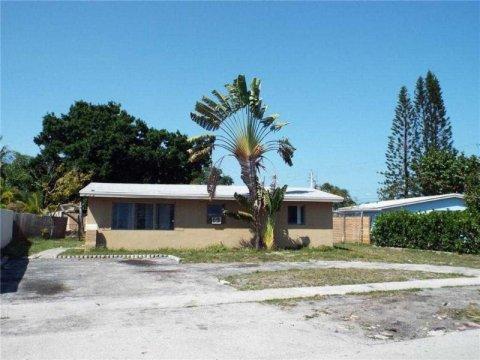 807 SW 28th St Fort Lauderdale, FL 33315