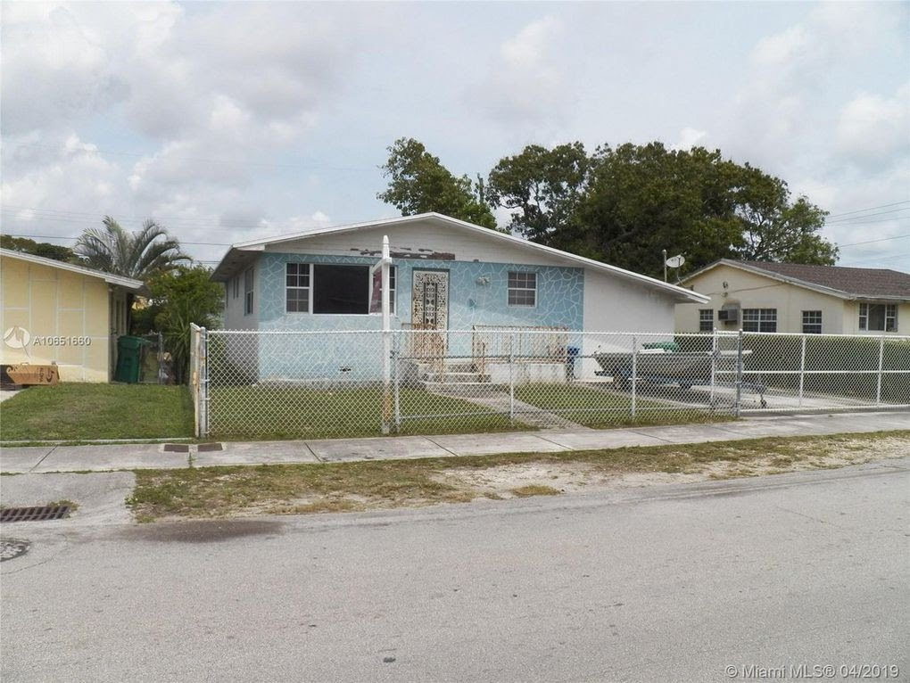 827 NW 73rd St Miami, FL 33150
