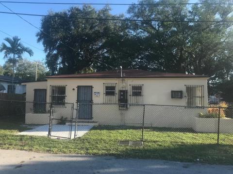 130 NE 66th St Miami, FL 33138
