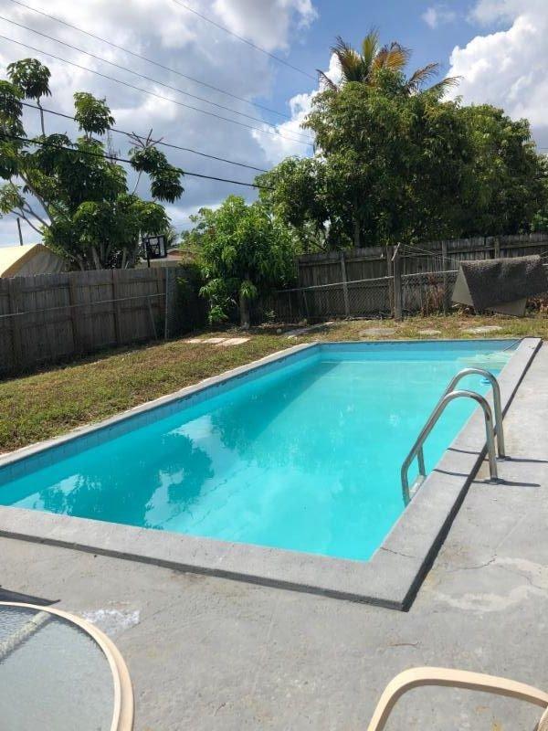 1680 NW 1st Way, Pompano Beach, FL 33060