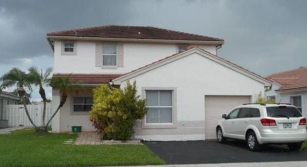 1975 NW 193rd Ave Pembroke Pines, FL 33029