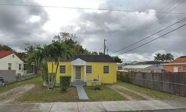 2374 NW 85th St Miami, FL 33147