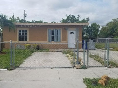 2856 NW 4th Ct Pompano Beach, FL 33069