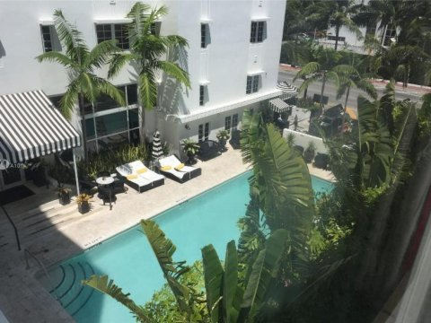 3710 Collins Ave # N-306 Miami Beach, FL 33140