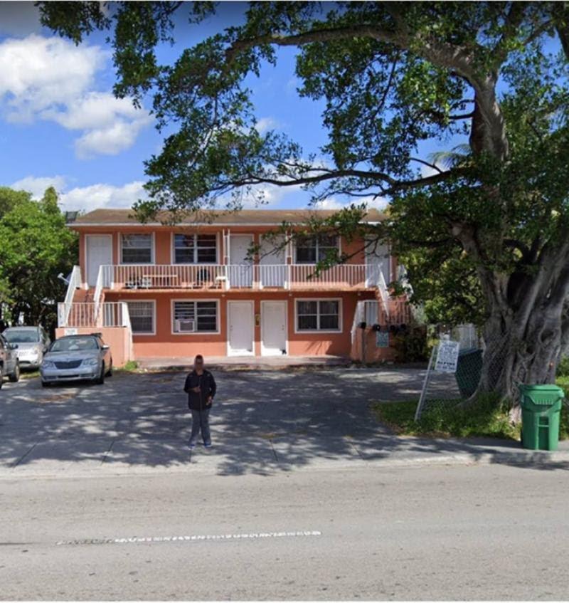 1037 NW 95th St Miami, FL 33150