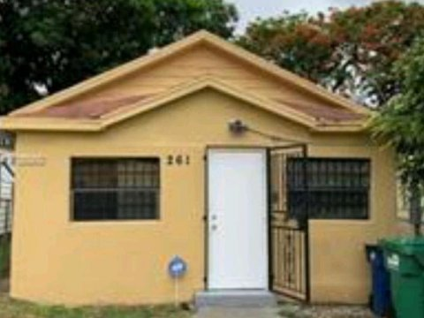 261 NW 80th St Miami, FL 33150