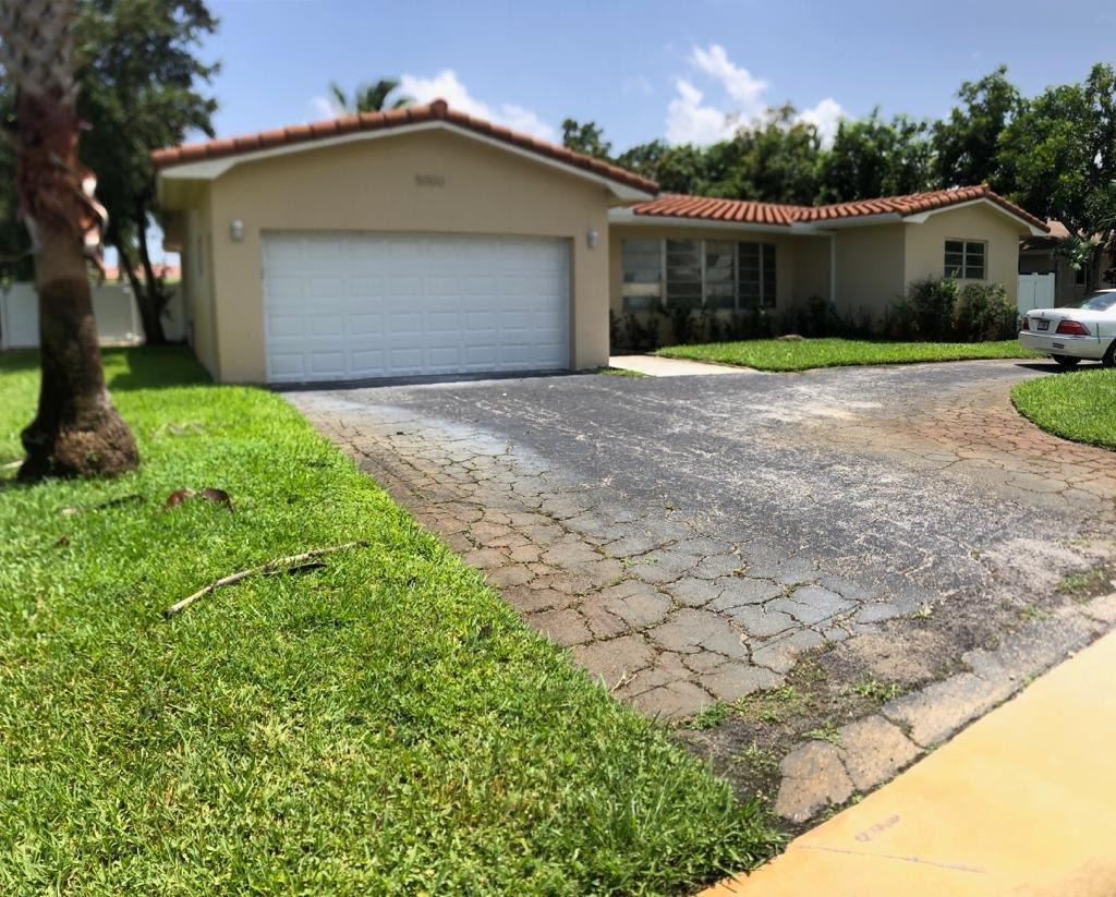 5000 Arthur St Hollywood, FL 33021