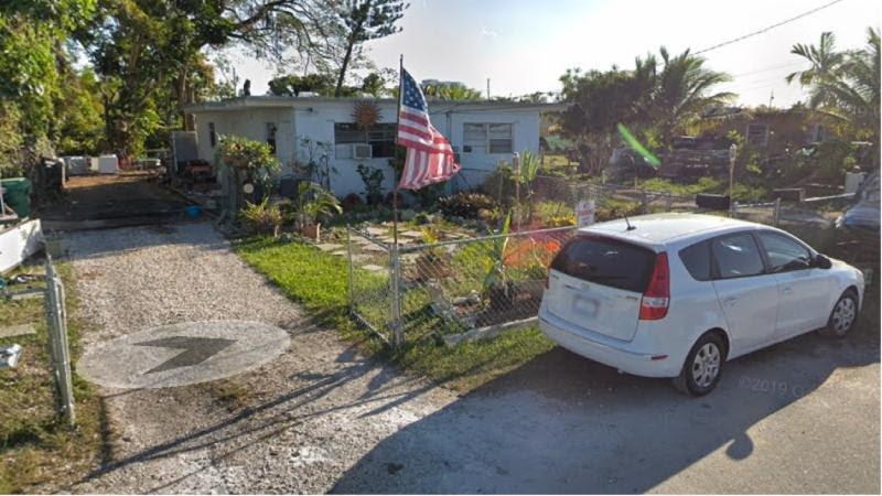 11770 & 11780 SW 212th St Miami, FL 33177