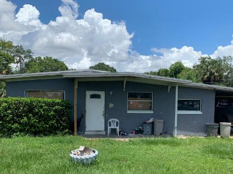 2812 St Johns Pkwy Sanford, FL 32771
