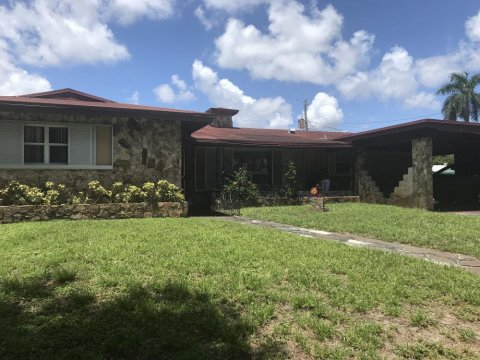 321 SW 29th Ave Fort Lauderdale, FL 33312