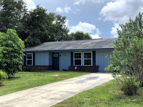 462 SW Curtis St Port St. Lucie, FL 34983