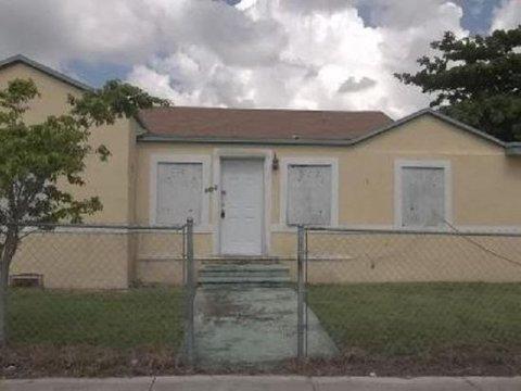 6402 NW 8th Ave Miami, FL 33150
