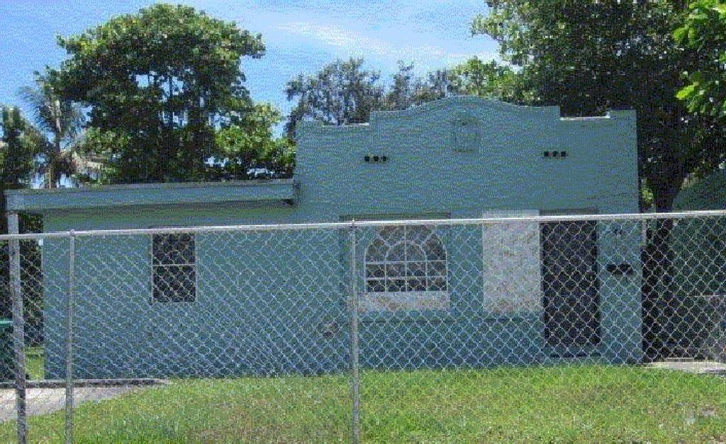 6959 NW 4th Ave Miami, FL 33150