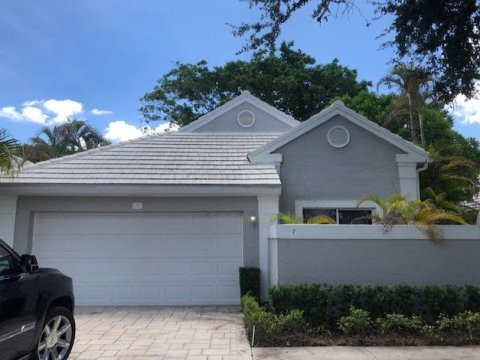 7 Wyndham Lane, Palm Beach Gardens, FL 33418