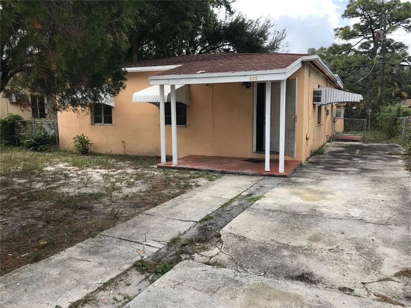 809 NW 15th Terrace Fort Lauderdale, FL 33311