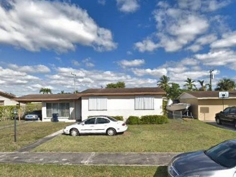 8451 SW 27th Terrace Miami, FL 33155
