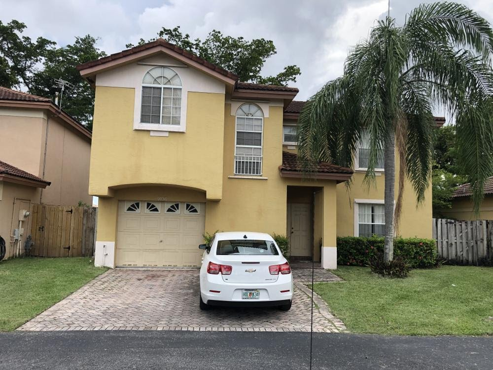 9136 SW 215th Terrace Cutler Bay, FL 33189