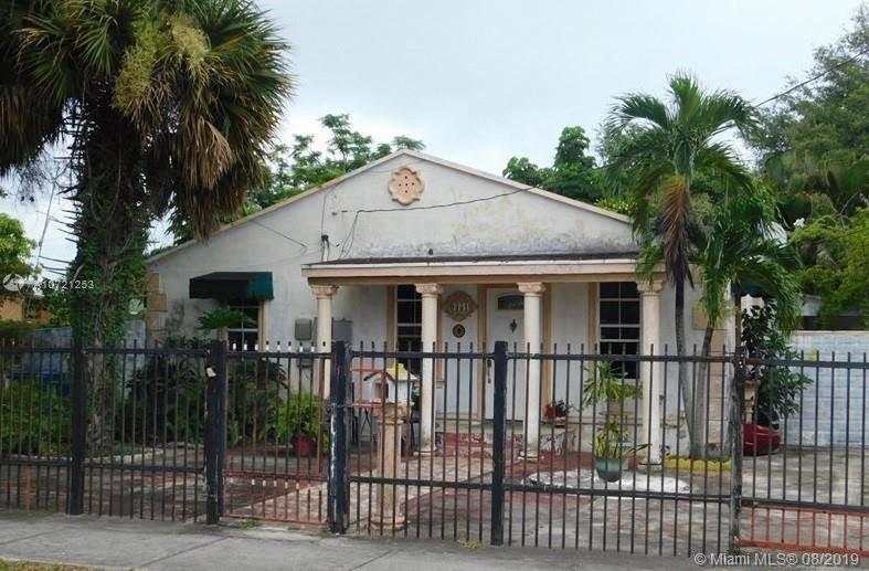 9351 NW 26th Ave Miami, FL 33147