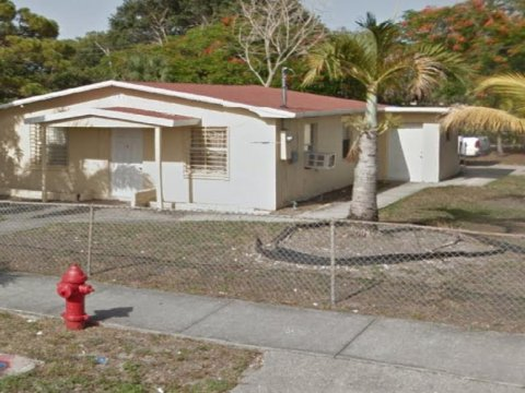 10 NW 28 Way, Ft. Lauderdale 33311